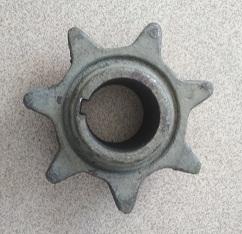 Звездочка 10.01.05.201 (Z=7, t=38, d=35 мм) шнека и привода транспортера элеватора
