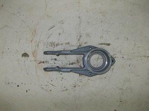Н.069.01.015 Головка шатуна режущего аппарата